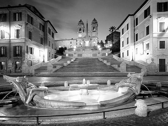 Il restauro della splendida scalinata di Piazza di Spagna (Roma)