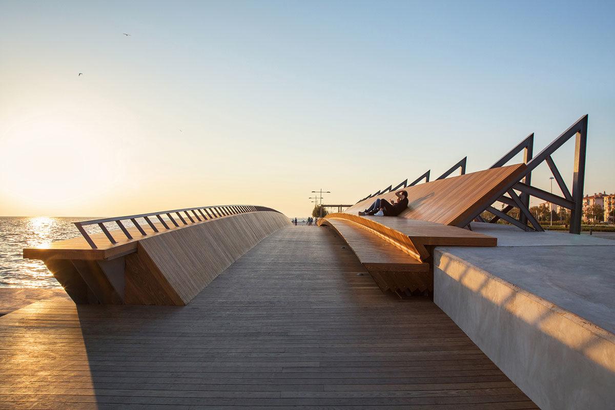 Bostanlı Footbridge_Izmir_Turkey by Studio Evren Başbuğ Architects
