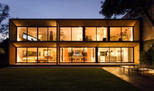 Casa di argilla a Città del Messico_Andres Stebelski Architect